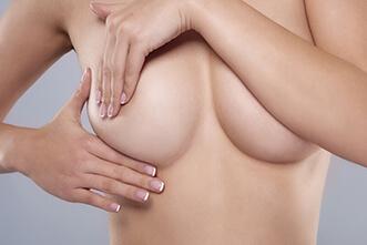 Plastischer Chirurg Linz Bruststraffung, Schönheitschirurg Bruststraffung