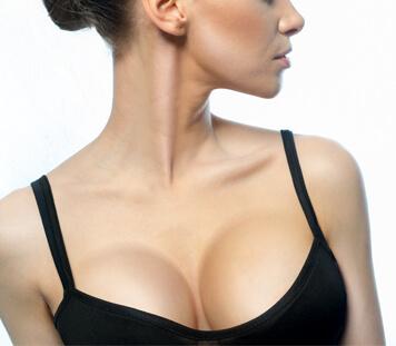Brustvergrößerung Linz - Vorher Nachher Bilder der Brustvergrößerung, Dr. med. Koller
